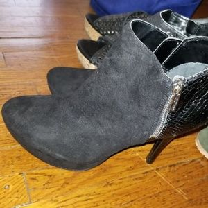 G by Guess black heel booties 7.5